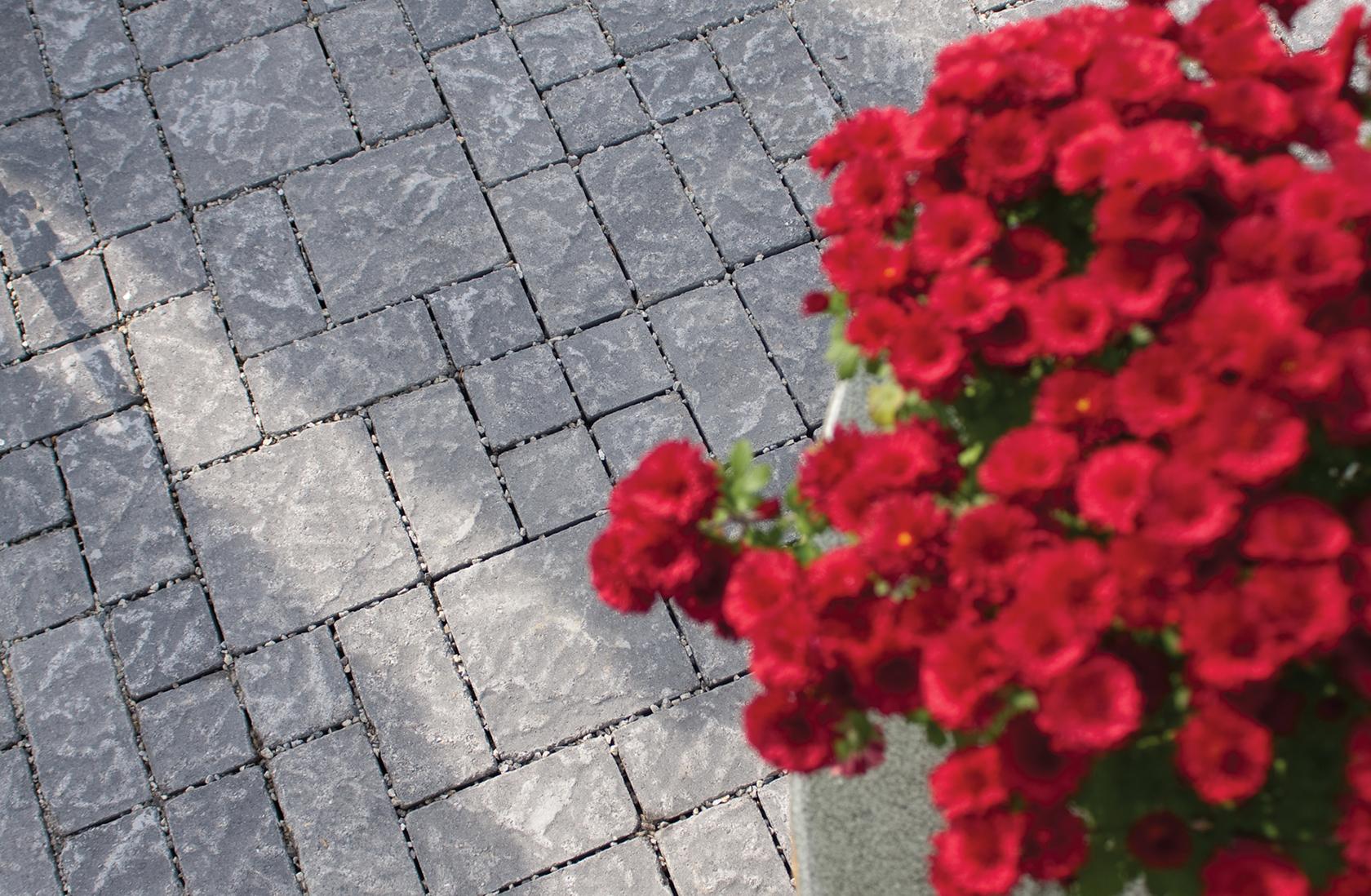 Cotswold: Granite.